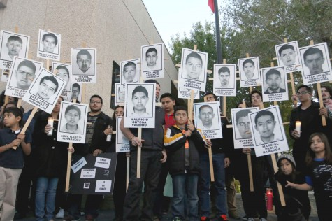 El Pasoans unite for missing Ayotzinapa students