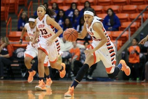 Women's basketball looks to finish strong