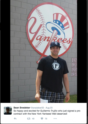 Franklin graduate signs professional contract with the Yankees