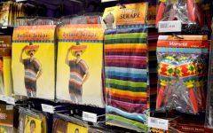 Increíbles reacciones hacia disfraces mexicanos