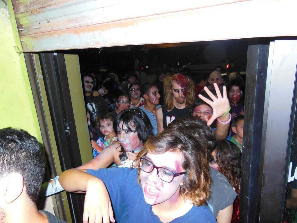 Zombies+take+over+El+Paso