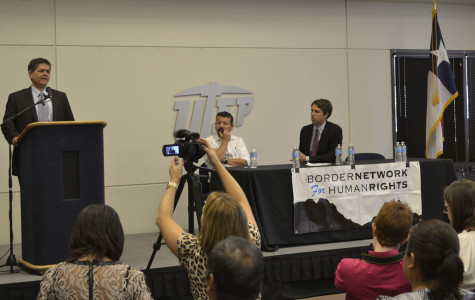 Rep. O'Rourke hears testimony at town hall from those affected by deportation