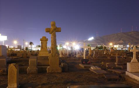 Día de los Muertos celebrates the dearly departed