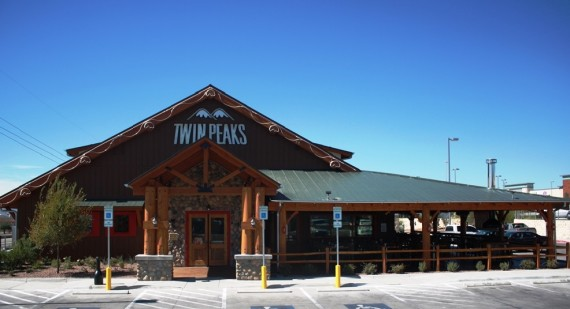 Twin+Peaks+is+located+at+8889+Gateway+Blvd.+W.+St.+900+and+is+open+Mon.-Sun.+11+a.m.-12+a.m.