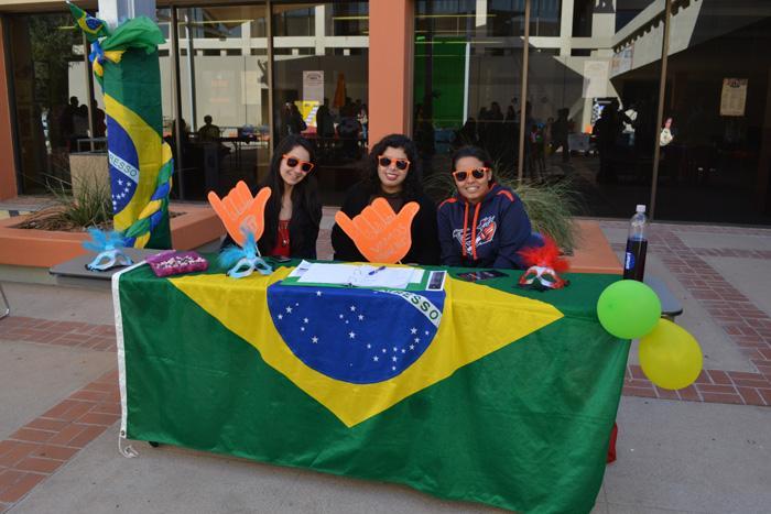 Members of the Brazilian Culture Center. From left to right; Larissa Lunes, Alejandra Dominguez and Claudia Borunda.