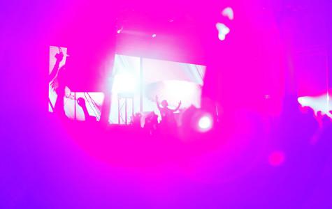 Lively concert, unimpressive 3-D visuals