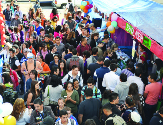+UTEP+students+came+out+to+the+30th+Annual+International+Food+Fair+put+on+by+student+organizations.+