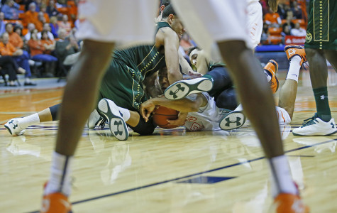 Miners upend the Rams 82-74
