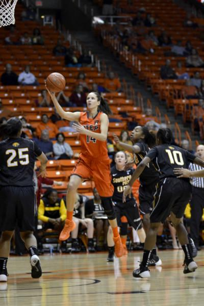 UTEP+storms+back+to+defeat+Golden+Eagles+in+overtime