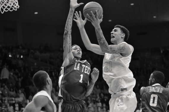 UTEP+has+won+their+last+six+conference+games.+They+have+won+11+of+12+games+and+are+tied+with+Southern+Miss+in+first+place+of+conference.