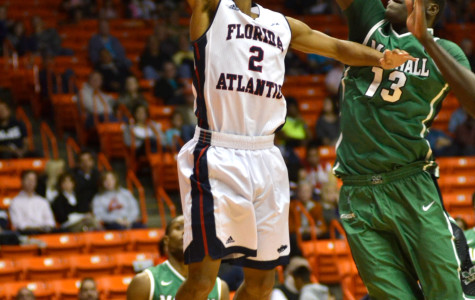 Marshall holds on to early lead to upset Florida Atlantic