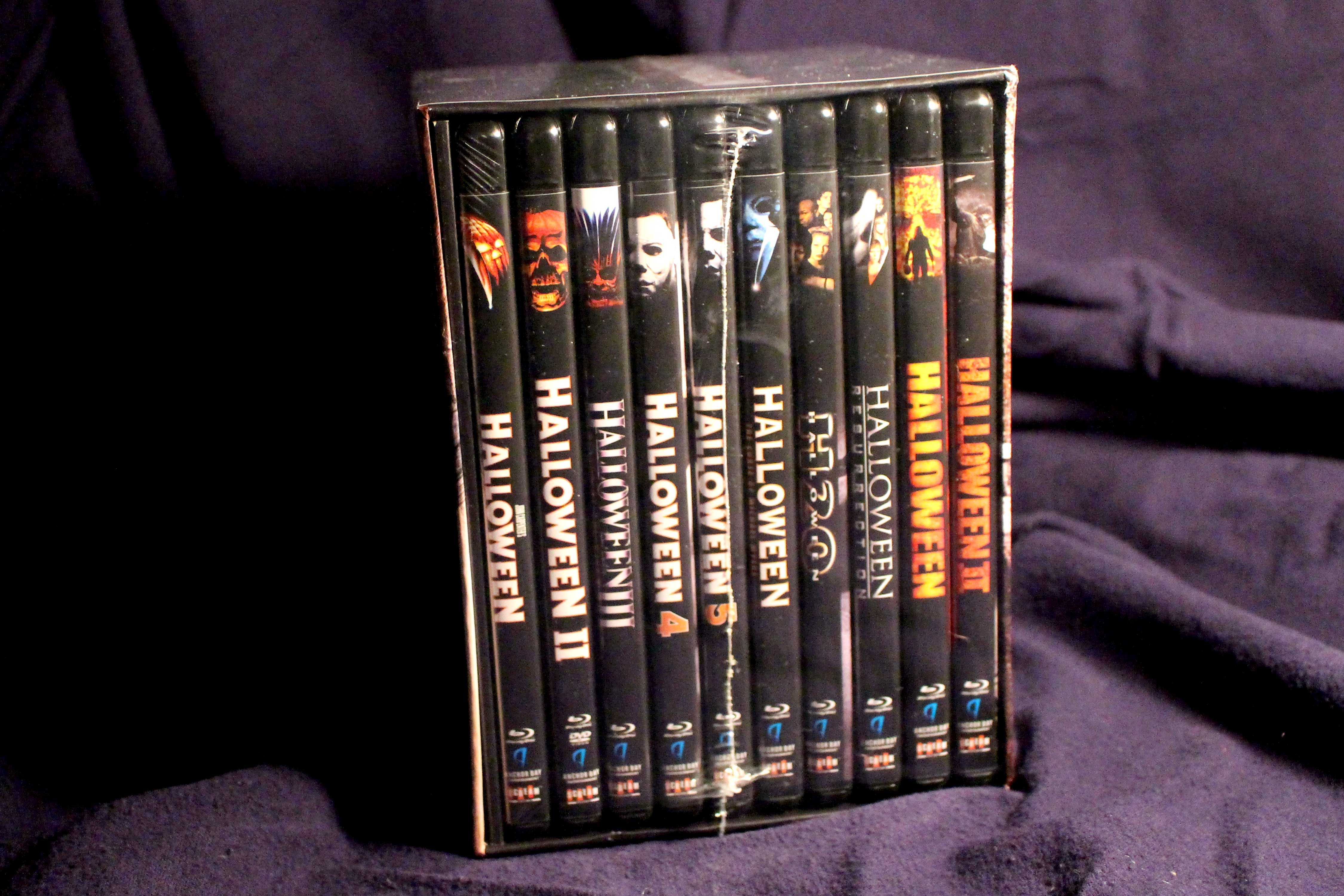 Halloween Dvd Box Set.Halloween The Complete Collection Slashes Its Way To The Store