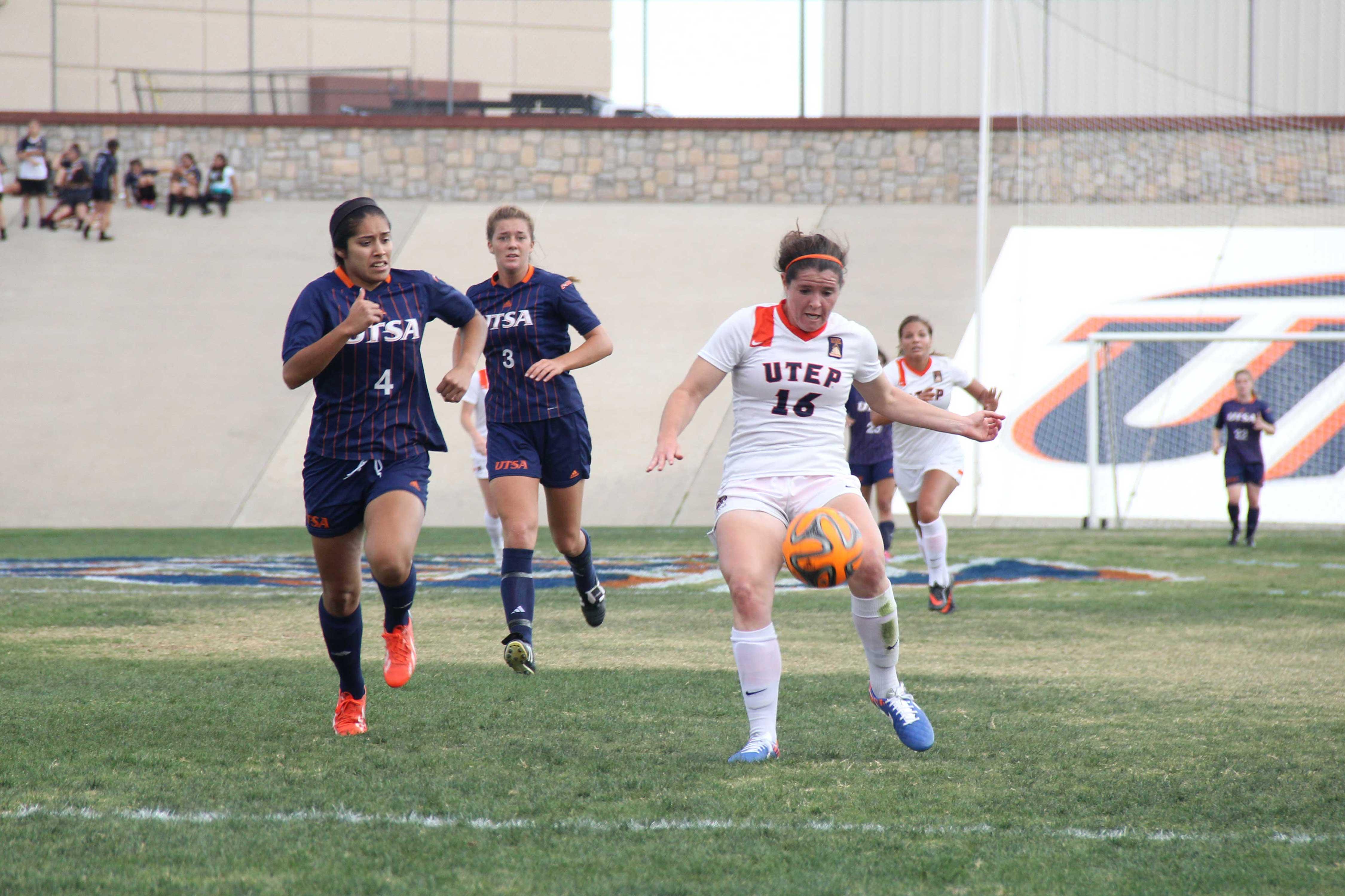 Freshman striker Sarah Mullen prepares to score the second goal of the match