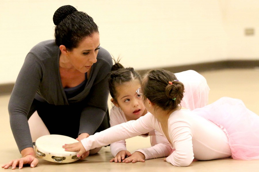 Laura+Escobar+teaches+ballet+children+with+special+needs.+This+activity+has+allowed+for+chidren+to+improve+their+quality+of+life+and+advance+in+their+health.++