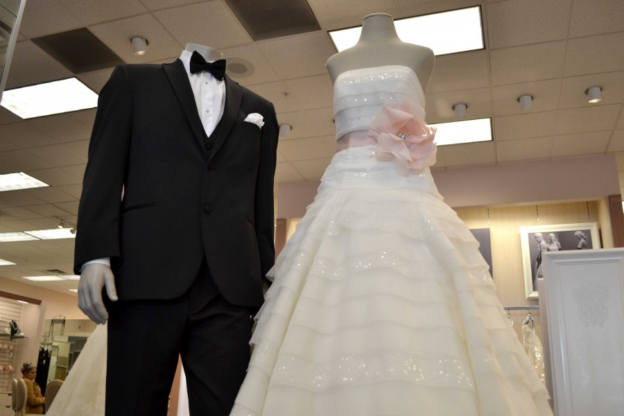 Millennials delaying marriage, couples waiting for financial stability