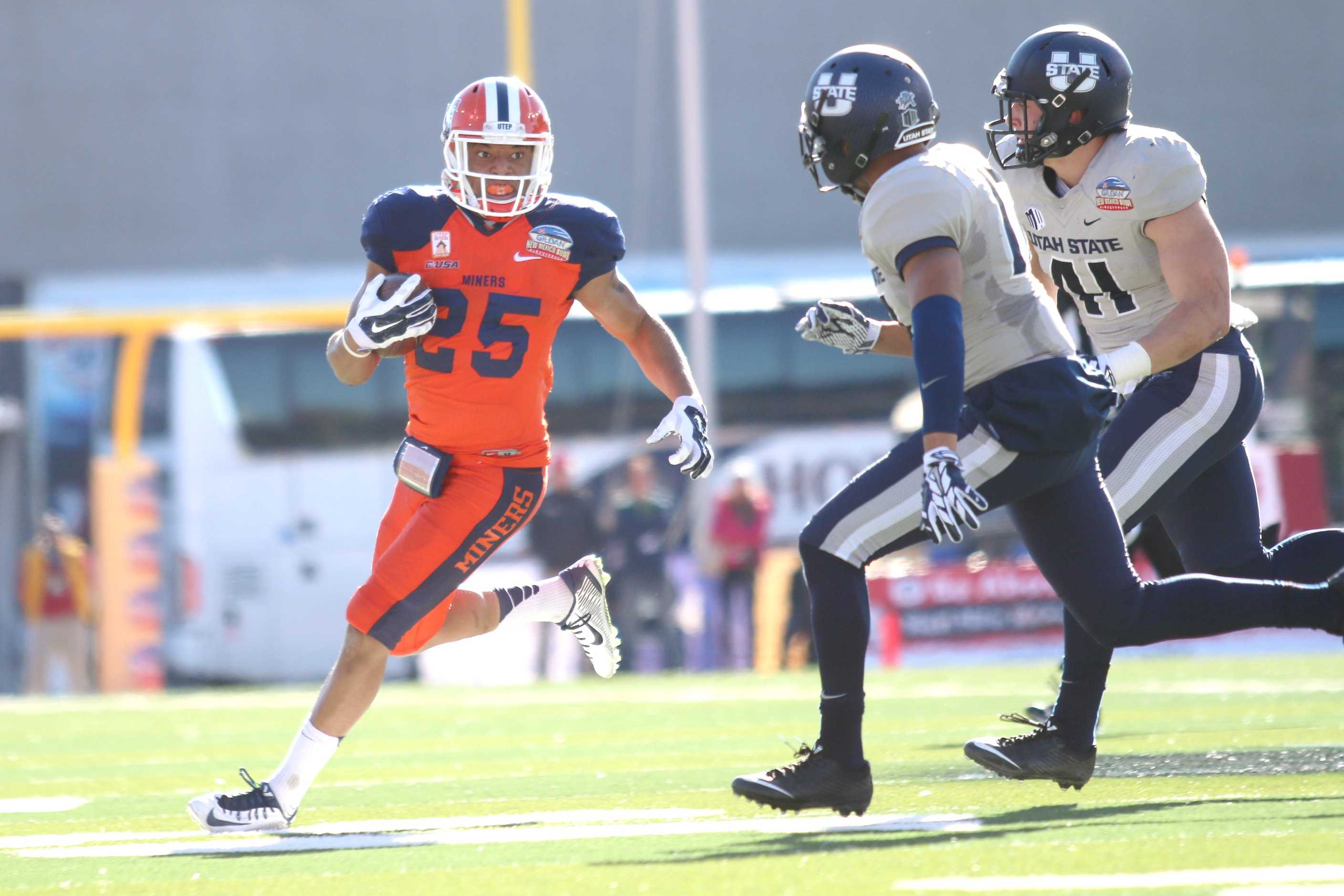 Senior running back Nathan Jeffery attempts to break a run to the outside.