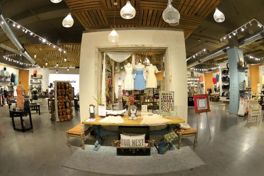 Altar%E2%80%99d+State+is+a+religious-themed+fashion+store+located+at+the+Foutains+at+Farah+shopping+mall+in+east+El+Paso.