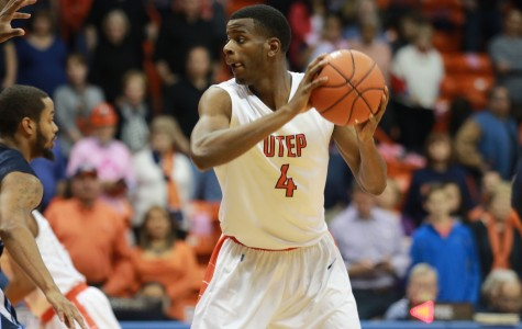 Senior guard Julian Washburn has scored double figures in the past two games.