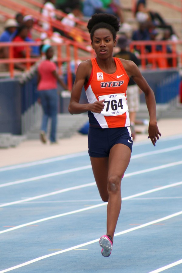 Sophomore+Aiyanna+Stivierne+has+the+best+ranking+400m+dash+time+in+Conference+USA.