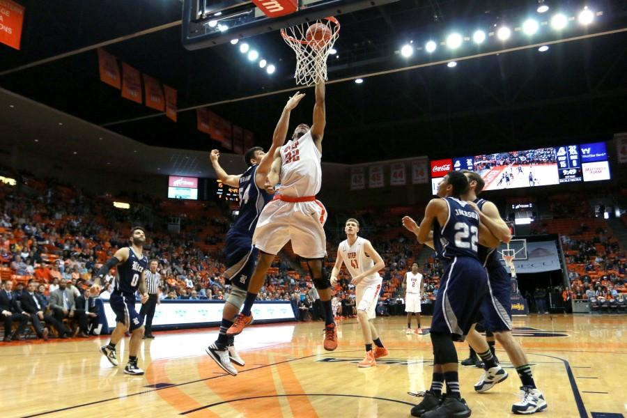 Miners close regular season with 68-65 win