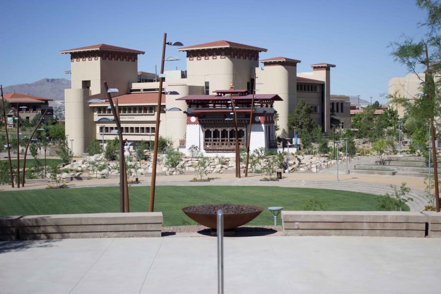 12 Creative shots of the Centennial Plaza