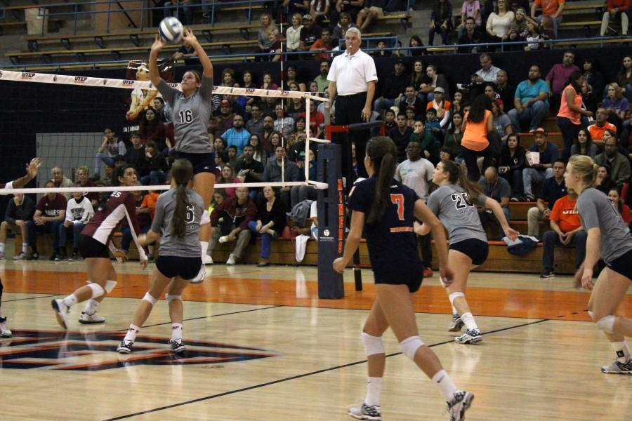 The+UTEP+volleyball+team+lost+their+last+match+of+the+season+to+New+Mexico+State+last+Wednesday+on+Nov.+25.+