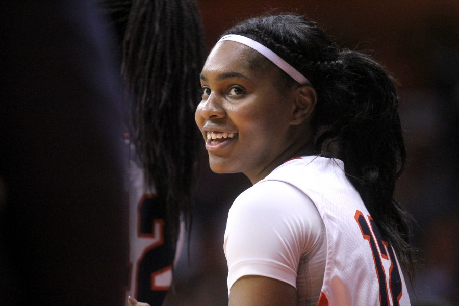 The Miners defeated the Howls (74-68) to advance to the third game of the Women's NIT.