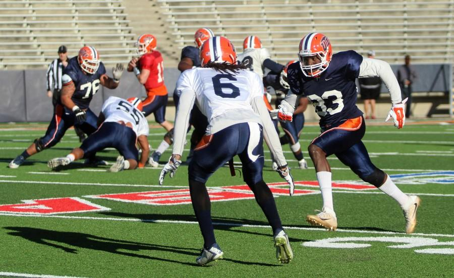 Quotes+from+the+first+spring+football+scrimmage