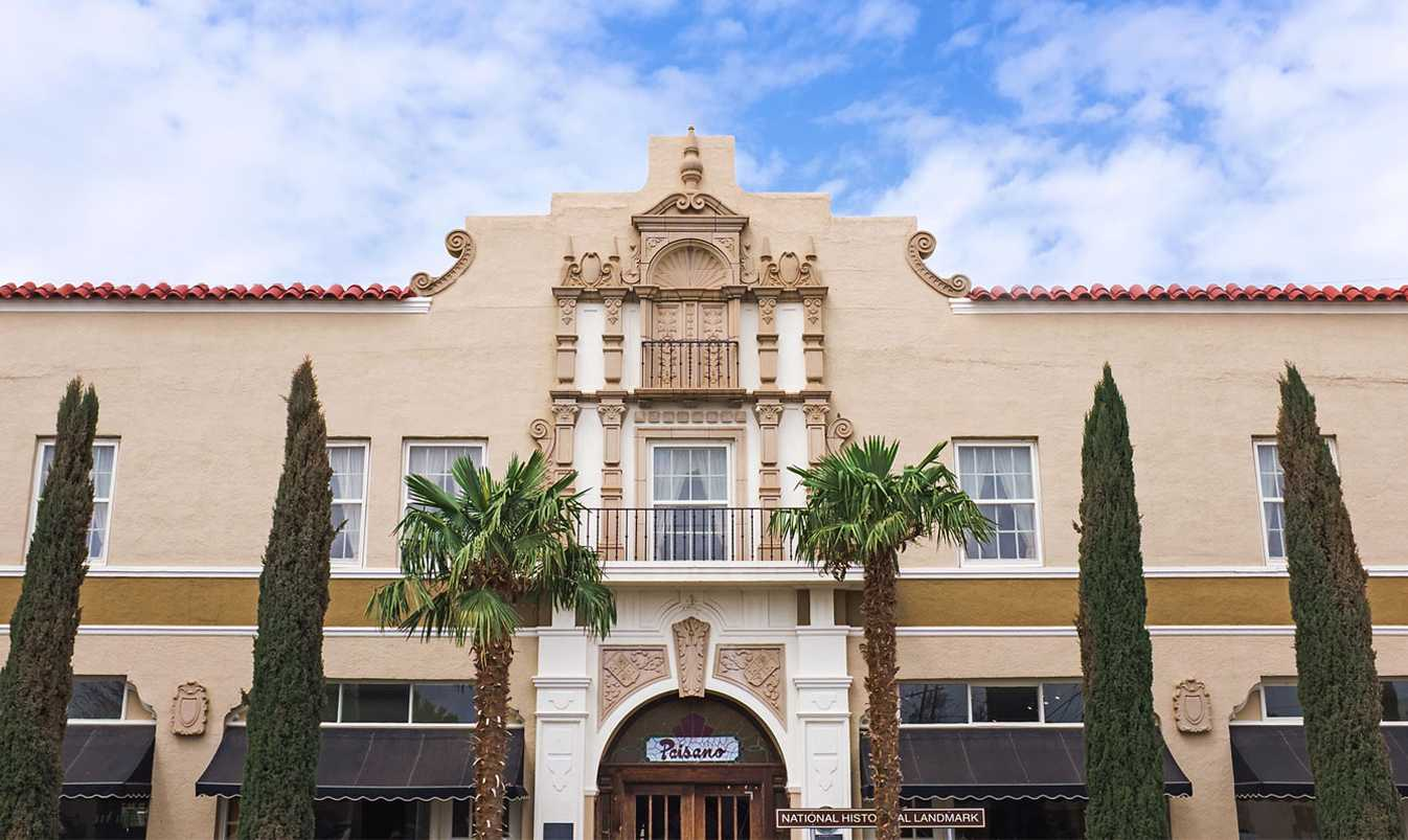 Hotel Paisano is a great place for students on a budget to get away to in Marfa, Texas for spring break.