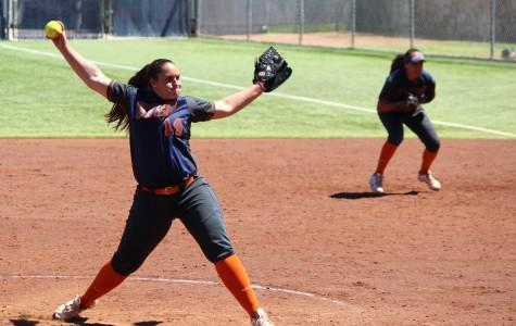 Softball falls to the Roadrunners