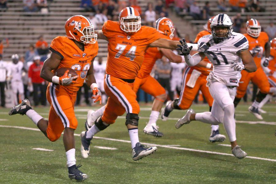 UTEP+standout+running+back+Aaron+Jones+is+now+UTEP%E2%80%99s+all-time+leading+rusher+with+3%2C738+career+rushing+yards.+