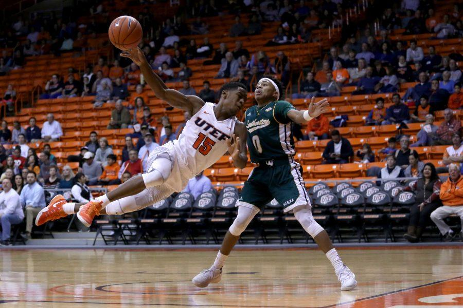 Basketball+gets+upended+by+Southeastern+Louisiana