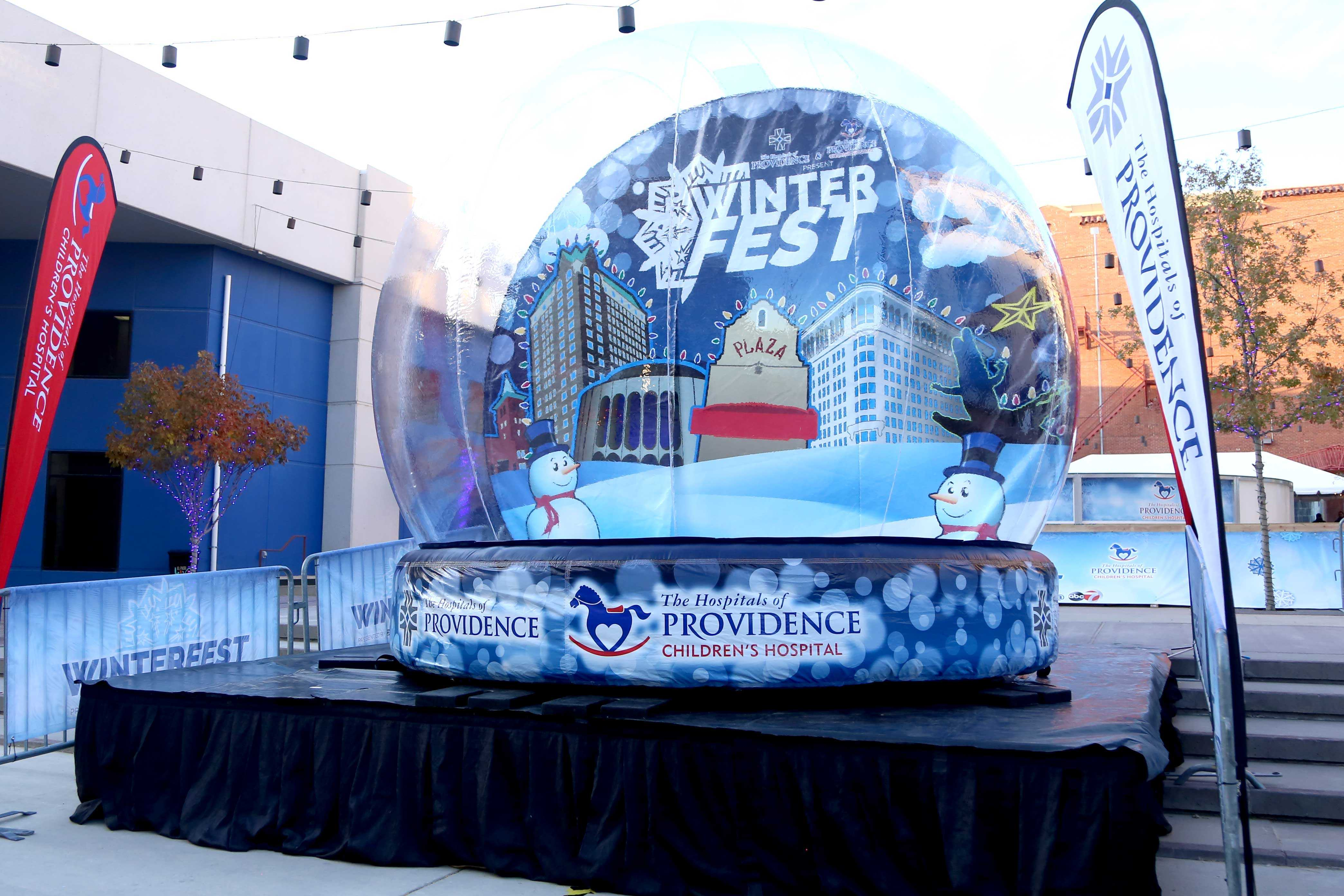 A+life+size+snow+globe+will+be+available+for+people+to+take+photos+in.+