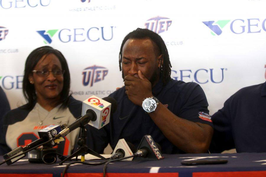 Jones chooses to forgo his senior season for the NFL draft
