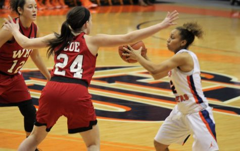 Western Kentucky rolls over UTEP women 71-54