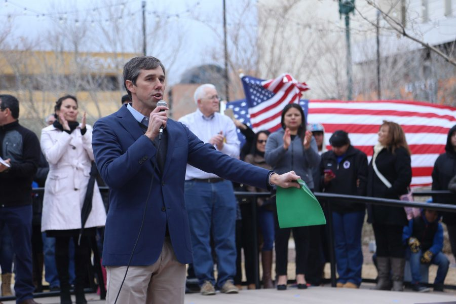 Beto+O%27Rourke+dismisses+President+Trump%27s++border+and+trade+policies
