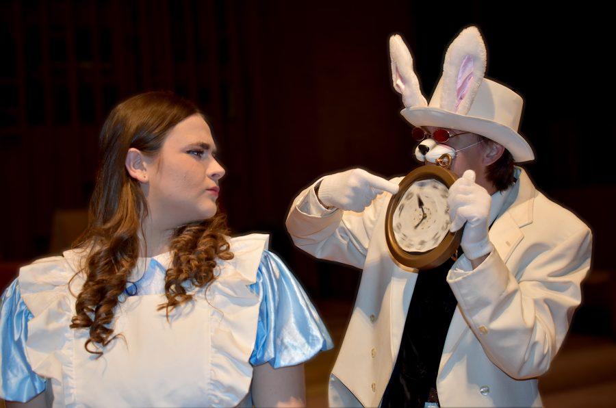 Alice&Rabbit2