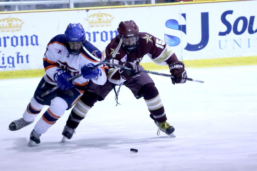 UTEP hockey storms back to defeat Texas A&M, advance in TCHC playoffs