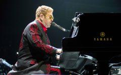 Elton John mesmerizes capacity crowd with non-stop hits
