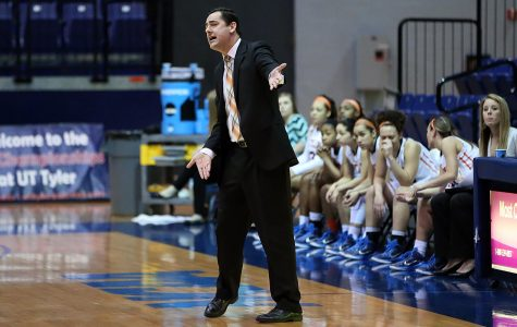 Kevin Baker to become Miners' next women's basketball coach