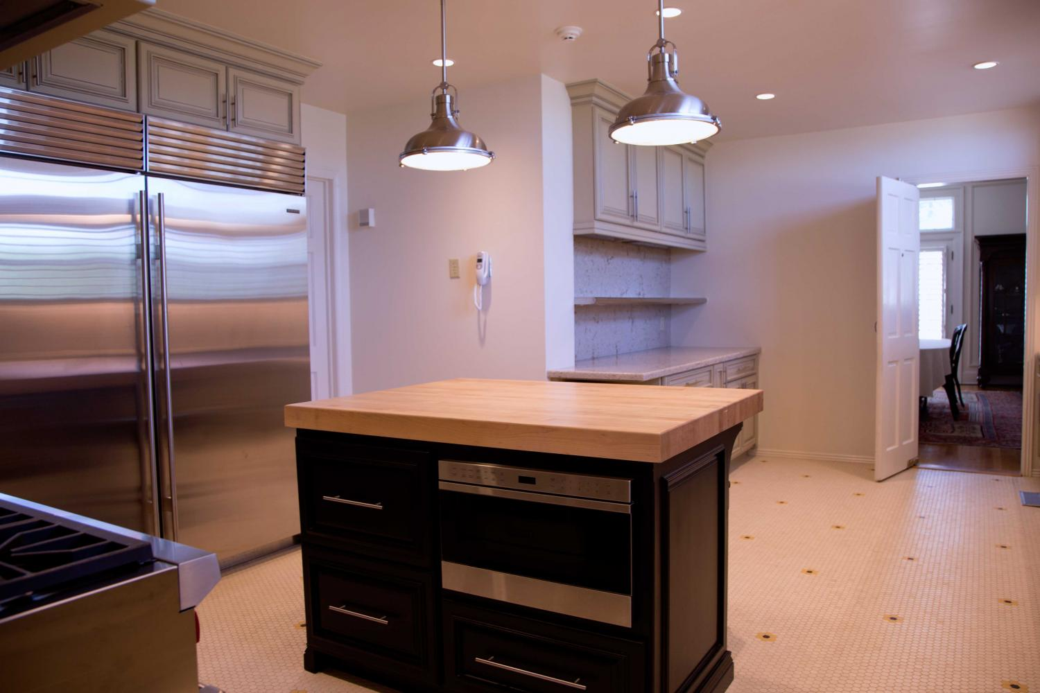 Kitchen+at+the+Hoover+House.