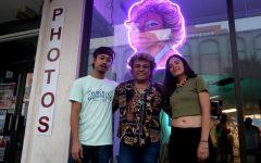 'Libre, Libre!' showcases local business signs