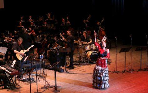 Shaila Dúrcal rinde homenaje a Juan Gabriel en su primer aniversario funebre