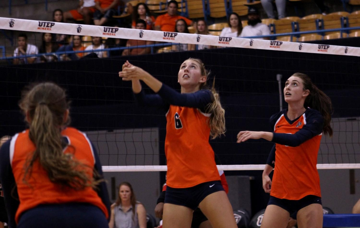Women's volleyball falls to 0-3 after loss to Texas Tech in home opener