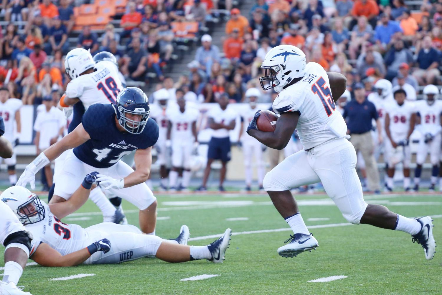 UTEP+running+back+Kevin+Dove+will+use+his+family%E2%80%99s+losses+in+storm+as+the+motivation+the+rest+of+the+season.