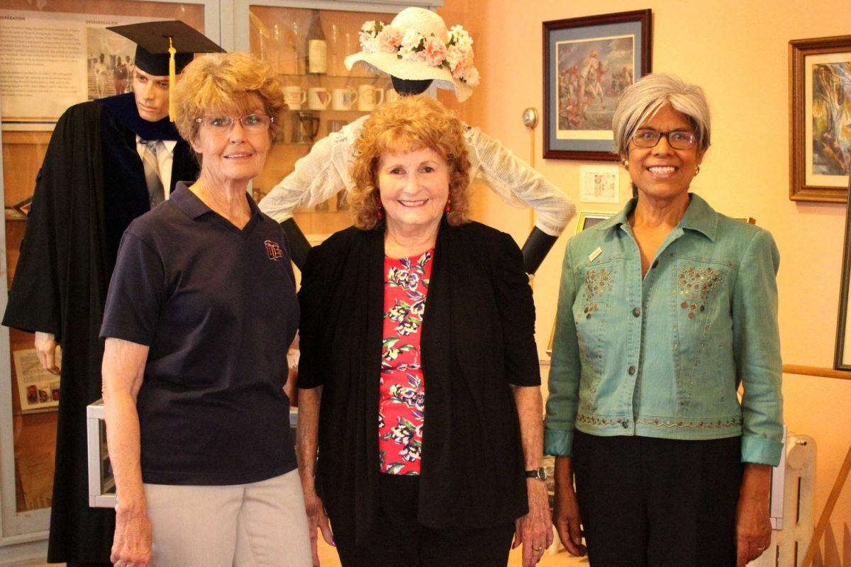 (From left) Briane Carter, Martha Broaddus, and Alicia de Jong Davis, were the main hosts of the place.