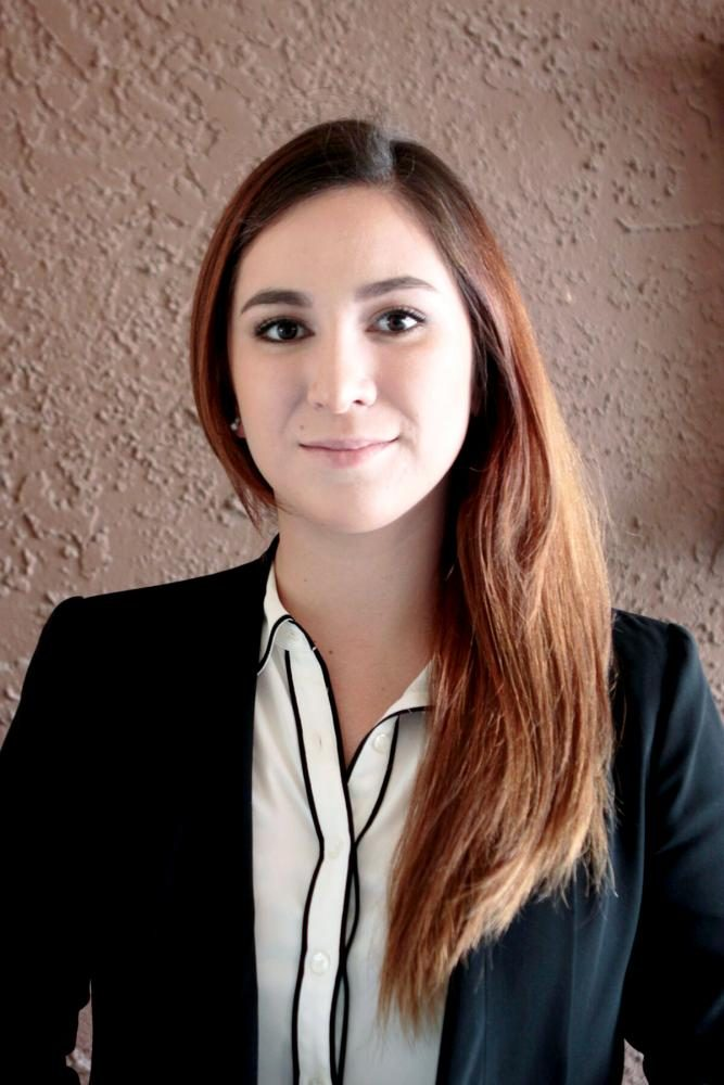 UTEP+graduate+Perla+Alvelais+is+one+of+seven+LSPI+students+to+get+accepted+into+Harvard+Law.