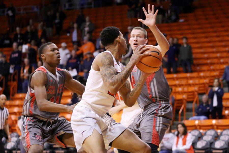 BasketballScrimmageV.Lobos_07