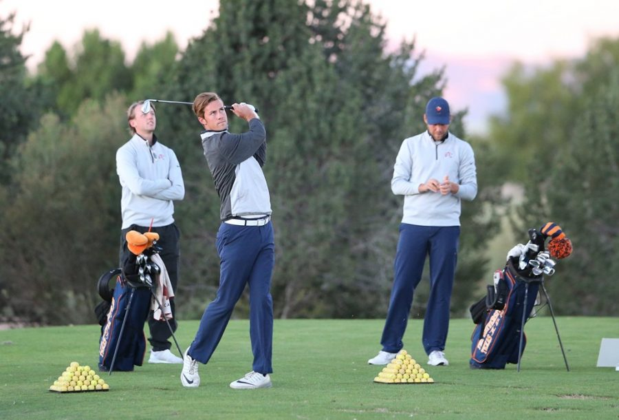Men's golf outlasts No. 24 Marquette to win second straight Price Invitational