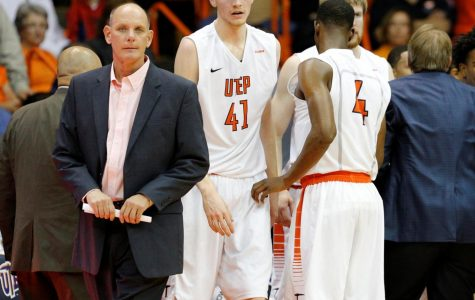 Phil Johnson named interim head coach of men's basketball